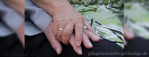 Pflegereport 2015: Weitaus mehr Pflegebedürftige erwartet als bisher angenommen